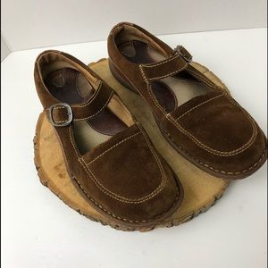 Born Shoes size 9 Mary Jane Leather Shoes